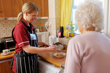 Home Health Caregiver assist with meal preparation